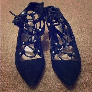 Lace up block pointed shoes